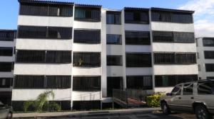 Apartamento En Ventaen Los Teques, Parque Residencial La Quinta, Venezuela, VE RAH: 18-455