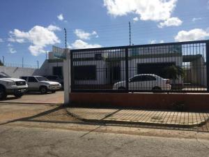 Local Comercial En Ventaen Punto Fijo, Casacoima, Venezuela, VE RAH: 18-478