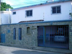 Casa En Ventaen Coro, Avenida Independencia, Venezuela, VE RAH: 18-499