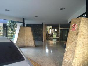 Apartamento En Venta En Caracas - Las Mercedes Código FLEX: 18-518 No.1