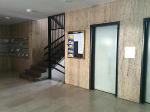 Apartamento En Venta En Caracas - Las Mercedes Código FLEX: 18-518 No.2