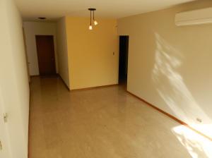 Apartamento En Venta En Caracas - Campo Alegre Código FLEX: 18-544 No.3