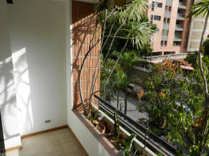 Apartamento En Venta En Caracas - Campo Alegre Código FLEX: 18-544 No.5