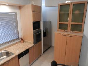 Apartamento En Venta En Caracas - Campo Alegre Código FLEX: 18-544 No.7