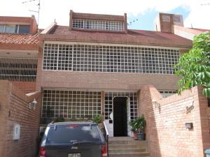 Townhouse En Alquileren Caracas, La Alameda, Venezuela, VE RAH: 18-555