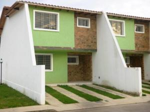Townhouse En Ventaen Maracay, El Limon, Venezuela, VE RAH: 18-569