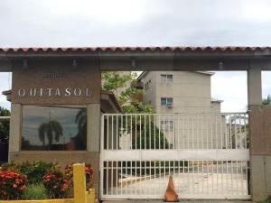 Apartamento En Ventaen Higuerote, Higuerote, Venezuela, VE RAH: 18-576