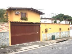 Casa En Venta En Caracas - Santa Paula Código FLEX: 18-989 No.0
