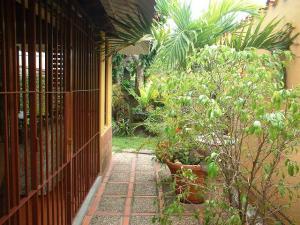 Casa En Venta En Caracas - Santa Paula Código FLEX: 18-989 No.12