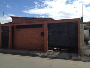 Casa En Ventaen Maracay, Los Astros, Venezuela, VE RAH: 18-605