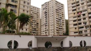 Apartamento En Ventaen Caracas, Caricuao, Venezuela, VE RAH: 18-622