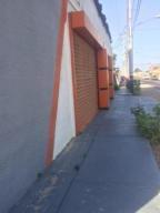 Galpon - Deposito En Ventaen Punto Fijo, Puerta Maraven, Venezuela, VE RAH: 18-661