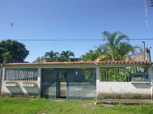Casa En Ventaen Rio Chico, San Jose, Venezuela, VE RAH: 18-704