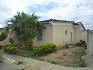 Casa En Ventaen Cabudare, Parroquia José Gregorio, Venezuela, VE RAH: 18-707