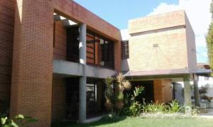 Casa En Ventaen Caracas, Los Naranjos Del Cafetal, Venezuela, VE RAH: 18-731
