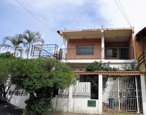 Casa En Ventaen Municipio San Diego, La Esmeralda, Venezuela, VE RAH: 18-737
