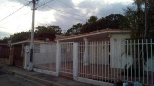 Casa En Venta En Maracay - Fundacion Mendoza Código FLEX: 18-738 No.0