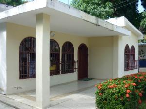 Casa En Ventaen Maracay, El Limon, Venezuela, VE RAH: 18-746