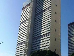 Apartamento En Ventaen Caracas, Parque Central, Venezuela, VE RAH: 18-825