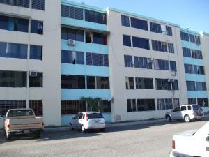 Apartamento En Ventaen Municipio Los Guayos, Paraparal, Venezuela, VE RAH: 18-789