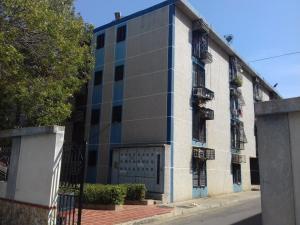Apartamento En Alquileren Maracaibo, Avenida Goajira, Venezuela, VE RAH: 18-830