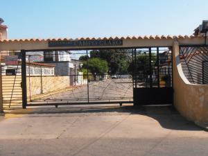 Townhouse En Ventaen Ciudad Ojeda, Campo Claro, Venezuela, VE RAH: 18-865