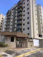 Apartamento En Ventaen San Antonio De Los Altos, Las Minas, Venezuela, VE RAH: 18-910