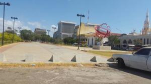 Local Comercial En Ventaen Maracaibo, Centro, Venezuela, VE RAH: 18-935