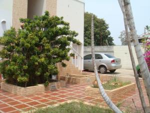 Apartamento En Ventaen Maracaibo, Zona Norte, Venezuela, VE RAH: 18-937