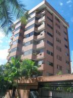 Apartamento En Ventaen Catia La Mar, Playa Grande, Venezuela, VE RAH: 18-978
