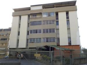 Apartamento En Venta En Caracas - Cumbres de Curumo Código FLEX: 18-984 No.0