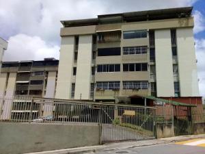 Apartamento En Venta En Caracas - Cumbres de Curumo Código FLEX: 18-984 No.1