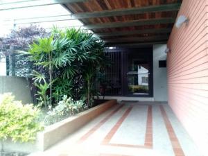 Apartamento En Venta En Caracas - Cumbres de Curumo Código FLEX: 18-984 No.3