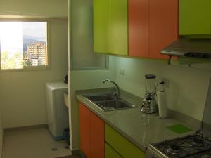 Apartamento En Venta En Caracas - Lomas del Avila Código FLEX: 18-1001 No.6