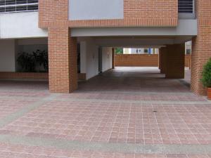 Apartamento En Venta En Caracas - Lomas del Avila Código FLEX: 18-1001 No.16
