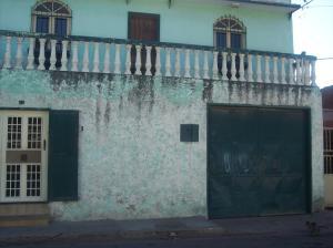 Local Comercial En Venta En Maracay - Barrio San Rafael Código FLEX: 18-1042 No.0