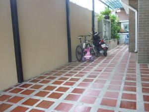 En Venta En Maracay - El Limon Código FLEX: 18-1011 No.3