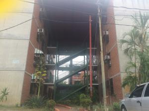 Apartamento En Ventaen Guatire, El Marques, Venezuela, VE RAH: 18-1022