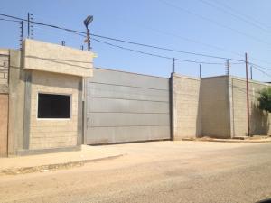 Galpon - Deposito En Alquileren Maracaibo, Zona Industrial Norte, Venezuela, VE RAH: 18-1121