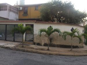 Casa En Ventaen Valencia, Los Mangos, Venezuela, VE RAH: 18-1164