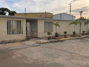 Casa En Ventaen Maracaibo, Cantaclaro, Venezuela, VE RAH: 18-1718