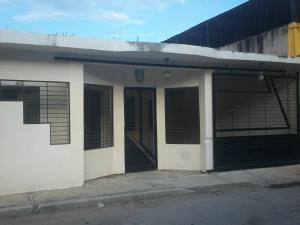 Casa En Ventaen Puerto Cabello, Juan Jose Flores, Venezuela, VE RAH: 18-1248