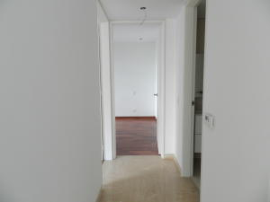 Apartamento En Venta En Caracas - Campo Alegre Código FLEX: 18-1259 No.13
