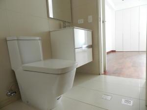 Apartamento En Venta En Caracas - Campo Alegre Código FLEX: 18-1259 No.16