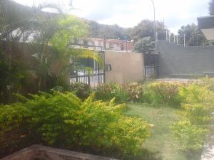 En Venta En Caracas - La Trinidad Código FLEX: 18-1572 No.1