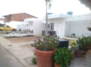 Casa En Ventaen Punto Fijo, Puerta Maraven, Venezuela, VE RAH: 18-1326