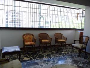 En Venta En Caracas - Los Palos Grandes Código FLEX: 18-1329 No.7