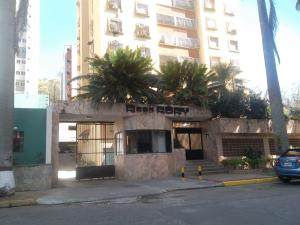 Apartamento En Ventaen Valencia, Las Chimeneas, Venezuela, VE RAH: 18-1411