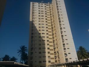 Apartamento En Ventaen Maracaibo, Lago Mar Beach, Venezuela, VE RAH: 18-1374