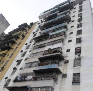 Apartamento En Ventaen Caracas, Parroquia Altagracia, Venezuela, VE RAH: 18-1436